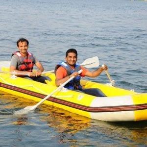 w people doing water activities