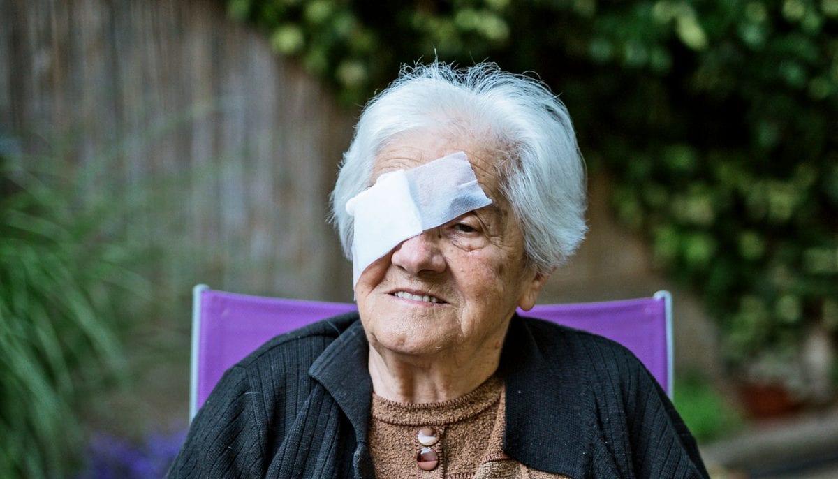 an elderly woman with macular degeneration