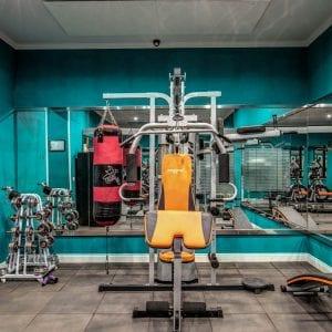 a clean gym